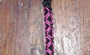 Die Halsbänder sind ab einem Halsumfang von 20cm und lassen sich noch 10cm verstellen