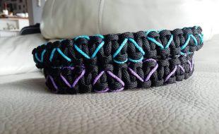 Halsbänder aus Paracord auch sehr schön als Geschenk für die neuen Welpenbesitzer